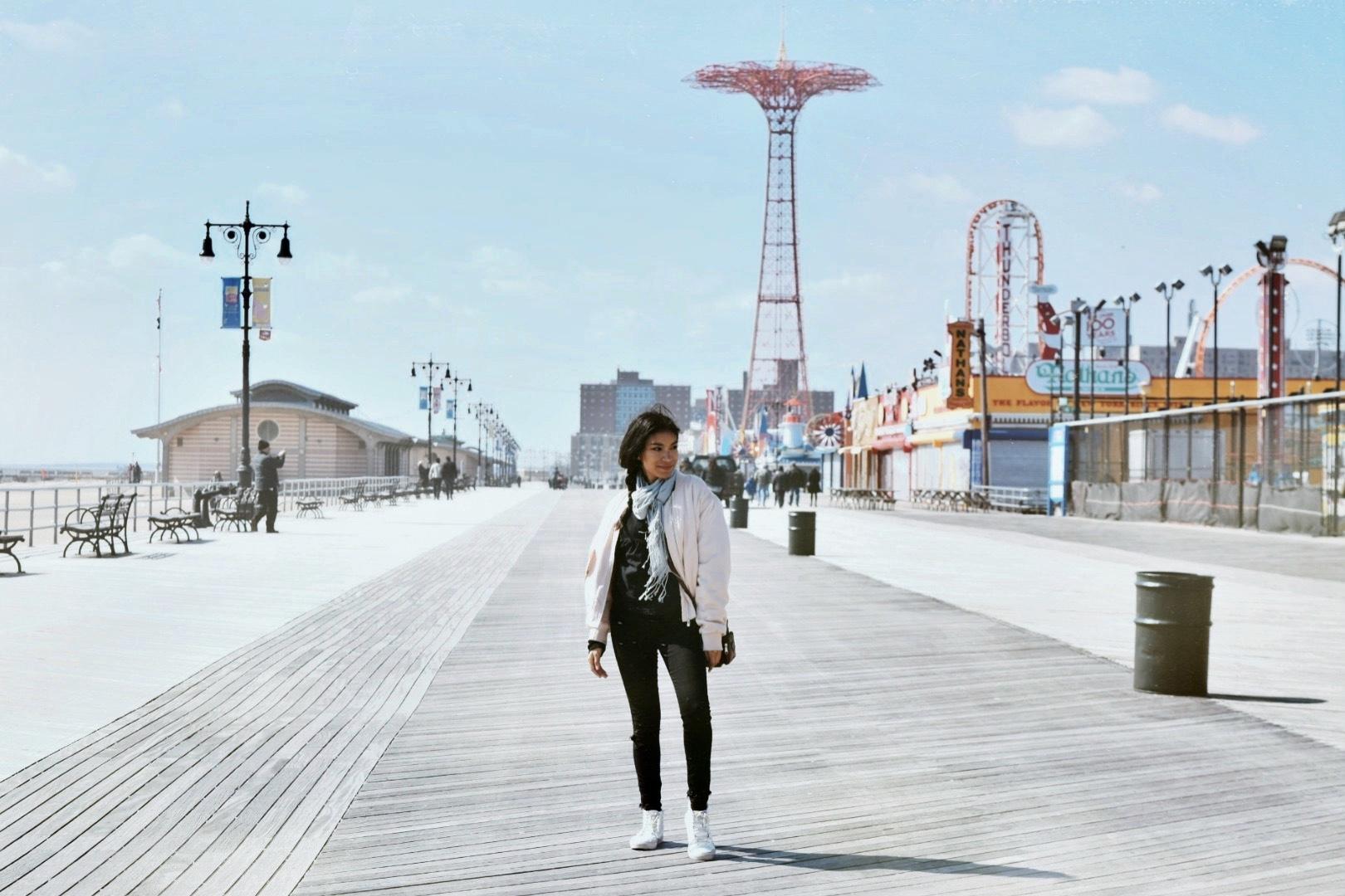 Coney Island fashion Samira navas fashion blogger